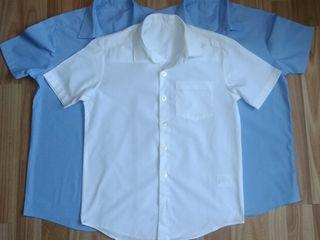 Рубашки школьнику в хорошем состоянии