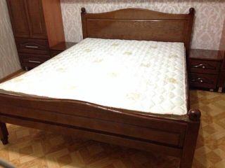 Pat din lemn natural  / Кровать из натурального дерева