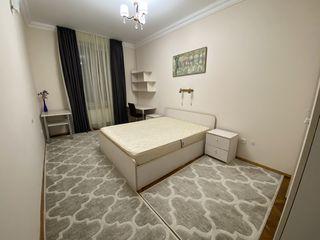 Chirie! Apartament cu 1 Camera si living spatios la bulevardul Stefan cel Mare! Centru!