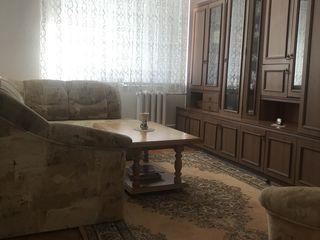 Продается 2-комнатная  двухсторонняя квартира ул. Богдан Воевод