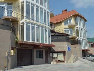Apartament cu 3 odai in casa noua numai 39500 Euro