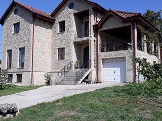 Casa din piatra Ialoveni
