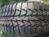 235/60/18 Michelin