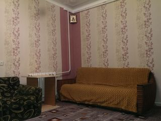 продаю 2 комнатную квартиру на земле с удобствами