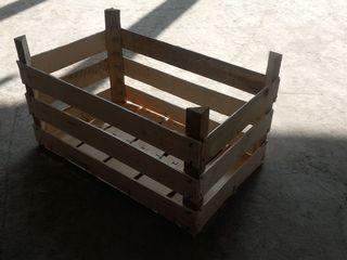 Lazi din lemn pentru fructe