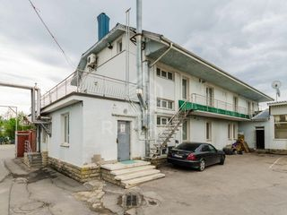 Chirie, Spațiu comercial / industrial Centru str. Calea Basarabiei, 250 mp, 625 €