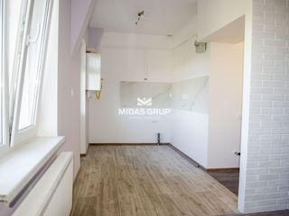 Prima rată 9000€. Botanica, bd.Decebal, apartament cu 1 odaie, 51(m2) + terasă 8(m2)