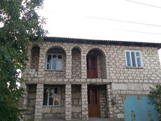 Soroca casa cu 2 etaje la schimb pe apartament in Chisinau!!!