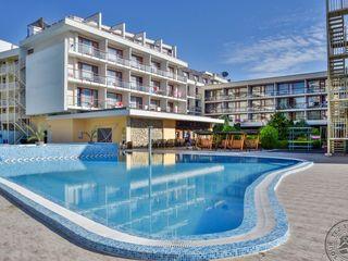 """Болгария, ... отель """" Mercury Hotel-Premium All Inclus """",( на 2 взр), с 4 июня на 6 ночей."""