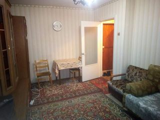 Se vinde apartament sectorul Rîșcanovca, strada Andrei Doga 45/2, 33m2