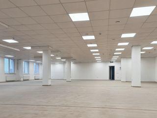 Arenda spațiilor pentru oficiu de la 37m2 pina la 380m2 - open space