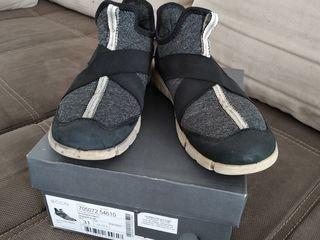 Продам обувь Ecco 31 размера