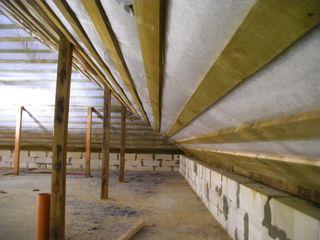Izolatii cu celuloza acoperis/mansarda.