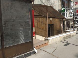 Chirie Oficiu, 4 cabinete, str. Armenească, 69 mp! curte!