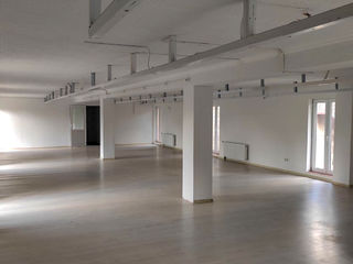 Бельцы - 480 м2 - склад + офис + парковка