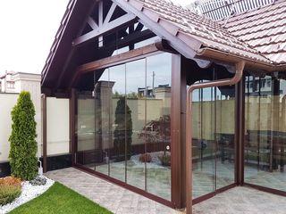 Închideri din sticlă pentru terase