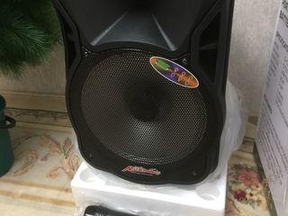 Boxa noua cu acumulator, Buetooth,  karaoke,  2 microfoane  , 2000 lei !!!