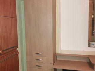 Пенал и письменный стол б/у