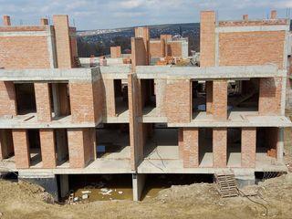 Duplex 300 m2 - varianta alba, Botanica, str. Pasunilor 10