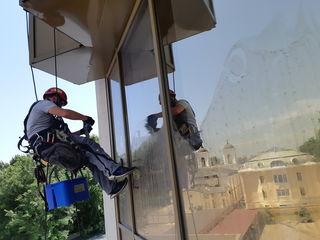 Spalare ferestre si fatade, мойка окон и фасадов