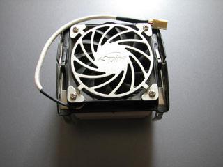 Продам удобный при фиксации кулер Spire, крепления сокетов AMD и Intel