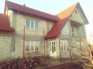 Se vinde casă cu 2 etaje, 5km depărtare de chișinău