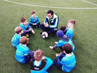 Copilul tău este plin de energie? Vino la Academia de fotbal Viitorul,pentru a deveni campion!