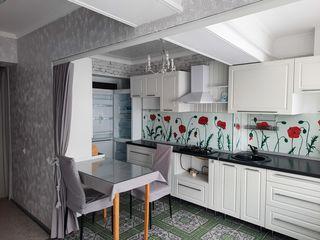 Se vinde apartament cu 2 camere, amplasat în Stauceni!