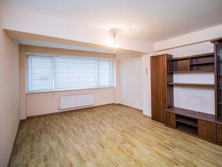 În vînzare apartament 1 cameră, euroreparație. Str. Unirii 18 000 €
