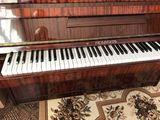 Vînd pian în stare bună
