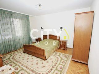 Se da in chirie apartament cu 3 camere  Chisinău, Centru 105 m