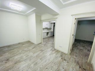 Lagmar! Sec. Râșcani, str. Carierei, 3 camere + living. Reparație la cheie! Priveleste Panoramica!!!