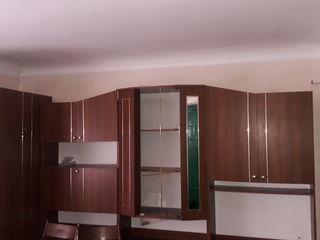 Urgent se vinde apartament cu 2 odai!
