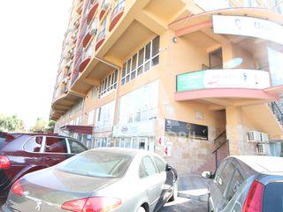 Spațiu pentru oficii! Centru, str. Ismail, 320 m2, Euroreparație!