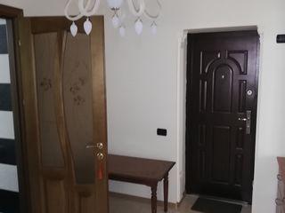 `2-х комнатная в центре Криулян