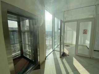 Сдаю коммерческую площадь 160m2 под бизнес, офис на Рышкановке !Первая линия!