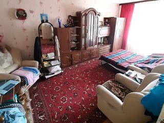 Apartament cu 2 odai , seria Varnitkaia. 54 m2 Botanica