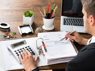 Aveți nevie de contabil?