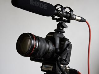 Microfon pentru video/foto camera Rode NTG2. Livrare gratuita în toată Moldova