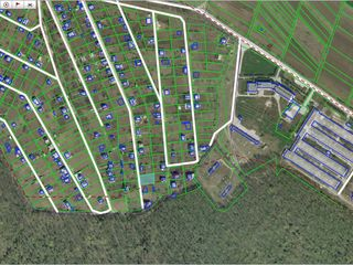 Se vinde teren sector Nistreana 50m de la pădure sector