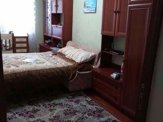 vind apartament cu 3 camere,euroreparatie, la doar 5 min. de Chișinău urgent! 26500 euro