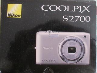 Цифровая фотокамера Nikon б/у 500 лей