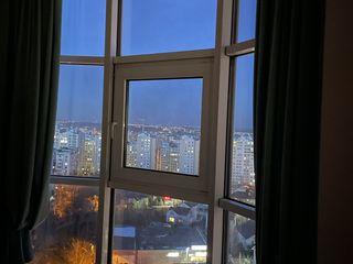 Testemiteanu ,Dansicons , 2 camere , 1 living , 1 debara , 3 balcoane panoramice , etaj 10