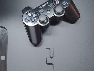 Продам PS 3 Slim 320 гб прошит + 22 игры