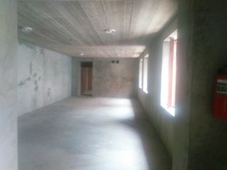 Сдается  50m2 склада  на первом этаже под бизнес в Центре. Отдельный вход!