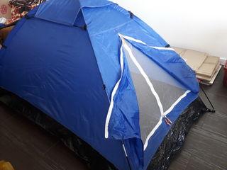 Палатка двухместная новая в упаковке и пятиместная новая в упаковке