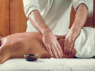 Работа массаж для девушек из рук в руки девушка ищет высокооплачиваемую работу гродно