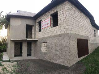 Casa cu 2 etaje in Budesti (constructie nefinisata)
