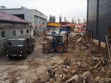 Servicii transport.Iscavator , materiale de constructie.Nisip. pgs. petriş etc...