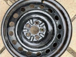 Продам на Toyota Avensis родной б/у колёсный диск R16 5х100. d.54,1. Могу обменять на ...